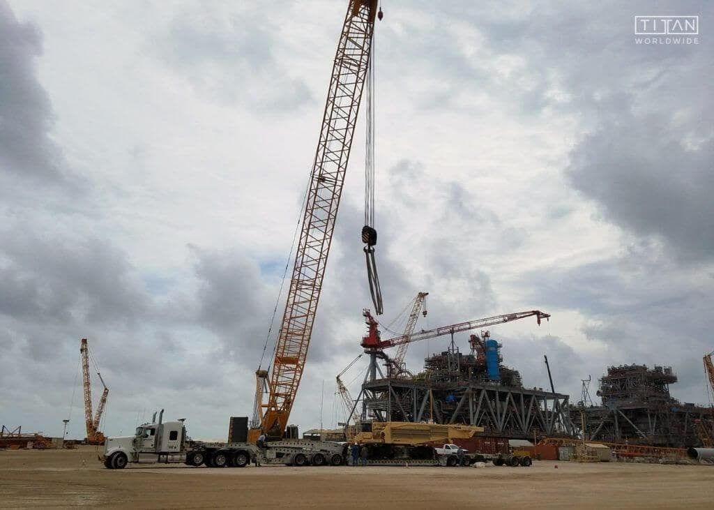 Demag Crane Shipping Services | Titan Worldwide | (888) 500-8884