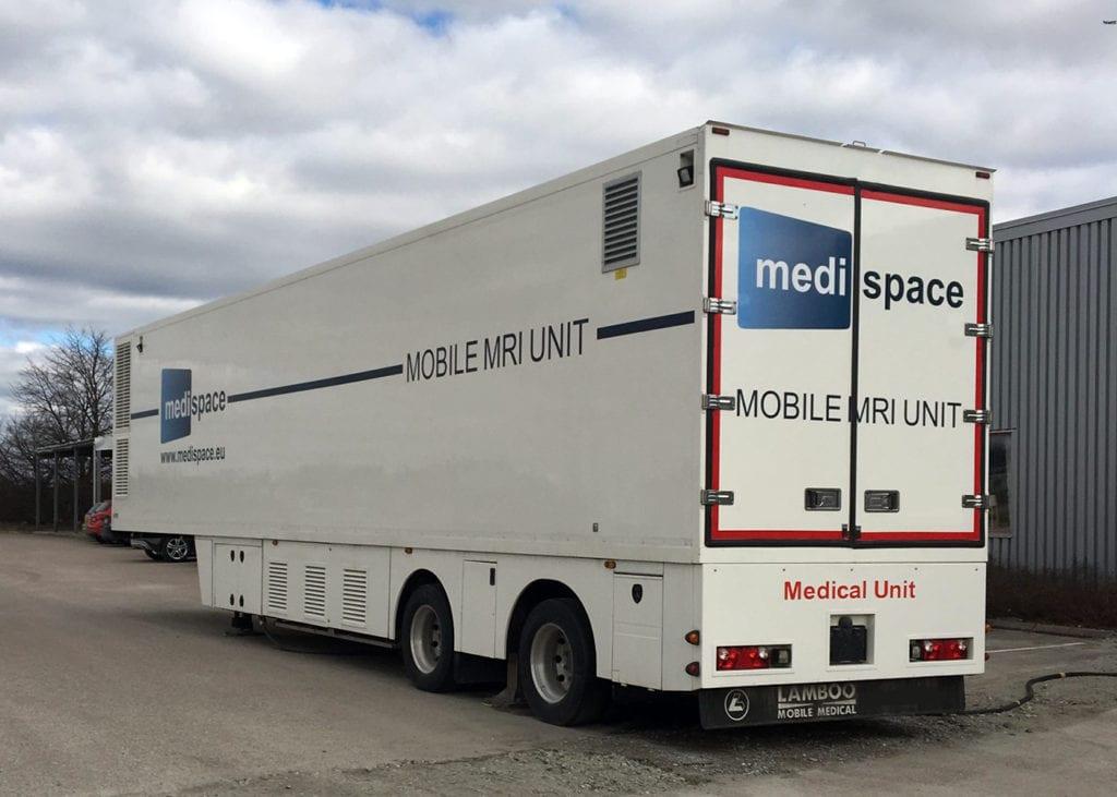 Mobile MRI Transport | Titan Worldwide | (888) 500-8884